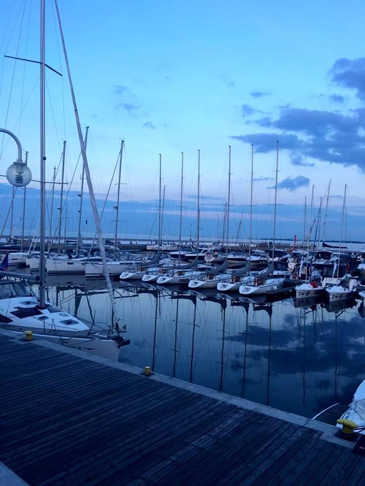 Ustka Morze Bałtyckie www.thosetwocando.com